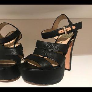 Black platform sandal with leather sole